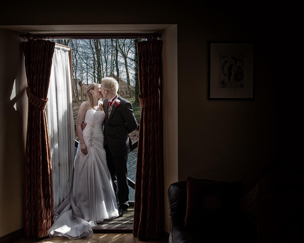 Wedding photographer deals dundee